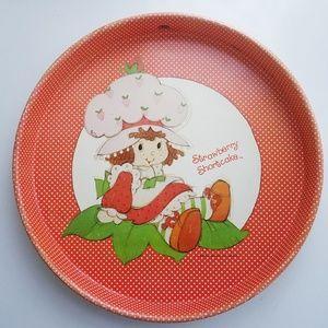 Vintage 1980 Strawberry Shortcake round metal tray